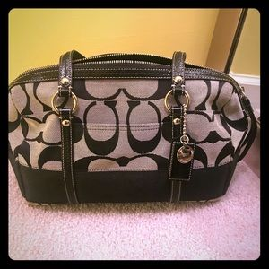 Coach bag. Vintage. Rarely used in mint condition